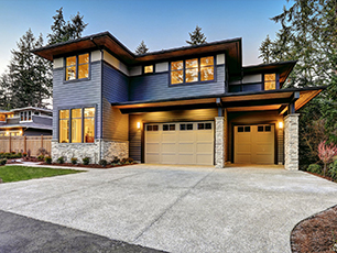 Luxurious-New-Construction-Home-2